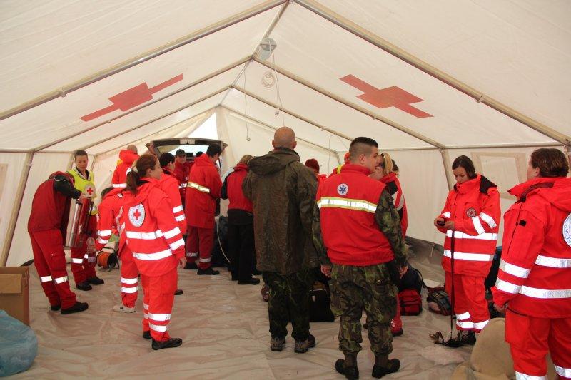 První cvičení 2012 - letiště Hosín - ve stanu